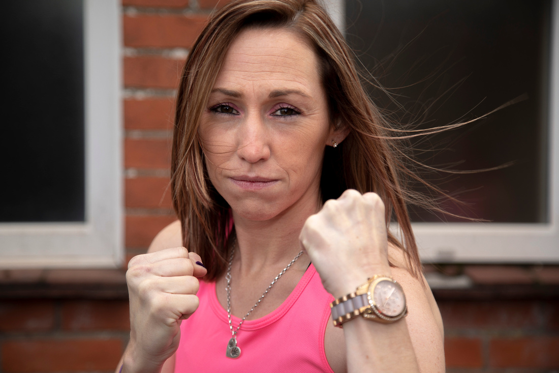 pink collar boxing-mind-charity boxing-teacher of the year-welsh photographer (65)